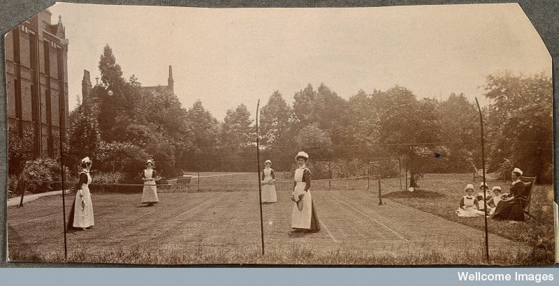 Nurses had time for tennis in 1912! Credit: Wellcome Library, London.