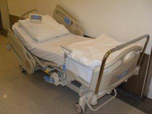 Hospital_Bed_2011