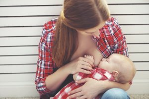 infant feeding: mother breastfeeding baby