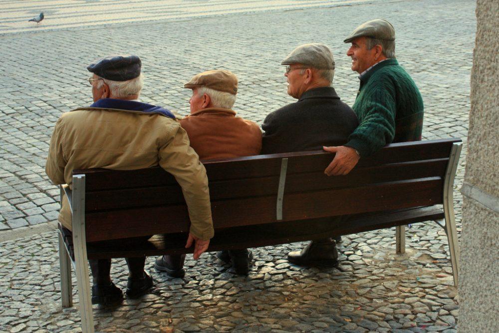Dutch men bench
